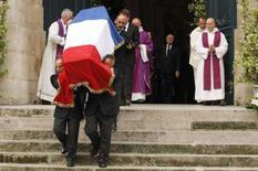<p>La bara di Yves Saint Laurent. REUTERS/Benoit Tessier</p>
