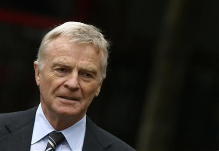 FIA president Max Mosley arrives arrives at the High Court in London July 7, 2008. Mosley is claiming unlimited damages from the News of the World over its sexual revelations about the International Automobile Federation (FIA) president. REUTERS/Luke MacGregor