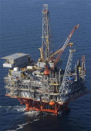 An offshore oil platform is seen in the Gulf of Mexico in a file photo. REUTERS/Jessica Rinaldi