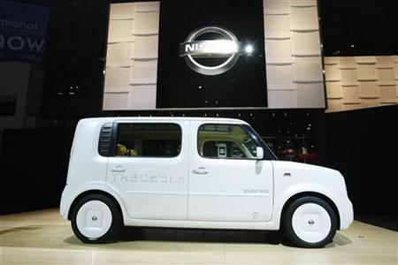 The Nissan Denki Cube electric concept car is shown at the 2008 New York International Auto Show March 19, 2008. REUTERS/Lucas Jackson