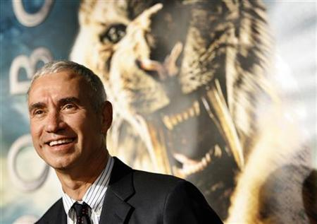 Roland Emmerich poses at the premiere of ''10,000 B.C.'' at the Grauman's Chinese theatre in Hollywood, California March 5, 2008. REUTERS/Mario Anzuoni