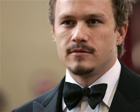 Heath Ledger arrives at the 78th annual Academy Awards at the Kodak Theatre in Hollywood, March 5, 2006. REUTERS/Lucy Nicholson