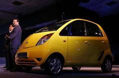 """<p>La Tata """"Nano"""" alla presentazione ufficiale il 10 gennaio scorso a Nuova Delhi. REUTERS/VijaMathur/Files</p>"""