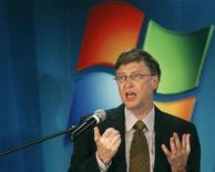 <p>Bill Gates all'epoca del lancio di Windows Vista a Bucharest nel 2007. REUTERS/Bogdan Cristel (ROMANIA)</p>