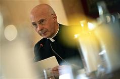<p>Il cardinale Angelo Bagnasco. REUTERS/Max Rossi (ITALY)</p>