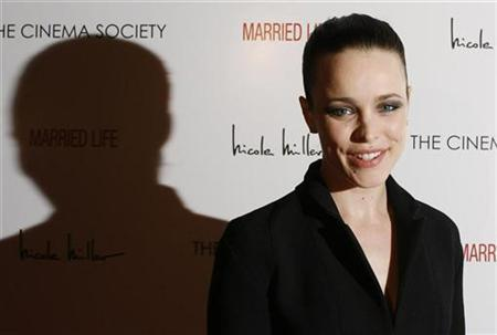 Actress Rachel McAdams arrives for the premiere of the film ''Married Life'' in New York March 5, 2008. REUTERS/Lucas Jackson