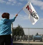 """<p>Base Usa Vicenza, in circa 9.000 al referendum """"non ufficiale"""". REUTERS/Dario Pignatelli</p>"""