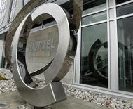 <p>L'équipementier télécoms canadien Nortel Networks fait état d'une perte trimestrielle supérieure aux estimations, imputable à la détérioration des conditions économiques et annonce la suppression de 1.300 postes et la mise en place d'un nouveau plan de réduction des coûts. /Photo d'archives/REUTERS/Mike Cassese</p>