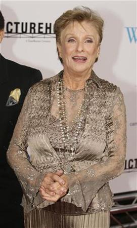 Cloris Leachman falls ill, now home: spokeswoman   Reuters com