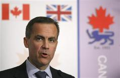 <p>Governor of the Bank of Canada Mark Carney delivers a speech before the Canada-United Kingdom Chamber of Commerce in central London November 19, 2008. The Bank of Canada sees a greater risk that economic growth and inflation will be lower than it projected just a month ago as the global financial crisis ripples through the domestic economy, Carney said on Wednesday. REUTERS/Alessia Pierdomenico</p>