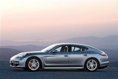 <p>Una Porsche Panamera. REUTERS/Porsche/Handout</p>