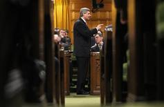 <p>Canada's Prime Minister Stephen Harper speaks during Question Period in the House of Commons on Parliament Hill in Ottawa November 27, 2008. REUTERS/Chris Wattie</p>