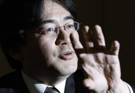 12月8日、任天堂の岩田社長は新しいユーザー層の引き止めにどう対応するかが課題と言明(2008年 ロイター/Issei Kato)