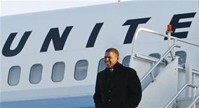 """<p>Барак Обама прибывает в Филадельфию 16 января 2009 года. Премьер-министр России Владимир Путин назвал избранного президента США Барака Обаму """"искренним"""" и """"открытым"""" человеком, но предостерег от чрезмерных надежд по его поводу. REUTERS/Jim Young (UNITED STATES)</p>"""