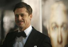 "<p>Cast member Brad Pitt attends the premiere of the movie ""The Curious Case of Benjamin Button"" at the Mann's Village theatre in Westwood, California December 8, 2008. REUTERS/Mario Anzuoni</p>"