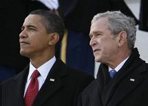 <p>President Barack Obama (L) and former president George W. Bush are seen during the inauguration ceremony in Washington January 20, 2009. REUTERS/Kevin Lamarque</p>