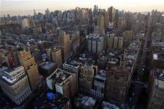 <p>An aerial view of New York City, November 11, 2008. REUTERS/Jim Young</p>
