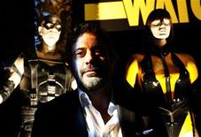 "<p>Cast member Jeffrey Dean Morgan poses at the party following the premiere of the movie ""Watchmen"" in Hollywood, California March 2, 2009. REUTERS/Mario Anzuoni</p>"