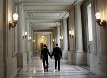 <p>Matrimoni Gay,Corte suprema California ridiscute da oggi divieto. REUTERS/Robert Galbraith</p>