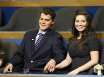 <p>Foto de archivo de la hija de Sarah Palin, Bristol, y su prometido Levi Johnston, en St. Paul, 3 sep 2008. Bristol Palin, la hija de 18 años de la gobernadora de Alaska y ex candidata republicana a la vicepresidencia de Estados Unidos, Sarah Palin, se separó de su prometido, Levi Johnston, informó el miércoles la revista de celebridades People. REUTERS/Rick Wilking</p>
