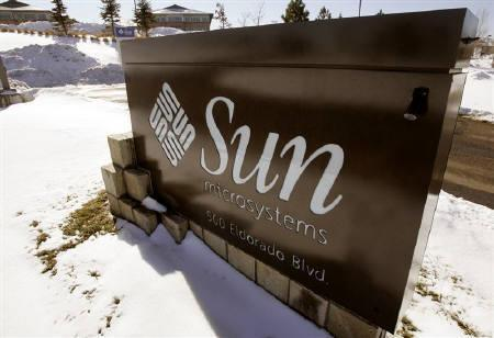3月18日、フランクフルト株式市場でサン・マイクロシステムズの株価が急伸。写真はコロラド州の同社オフィス。2007年1月撮影(2009年 ロイター/Rick Wilking)