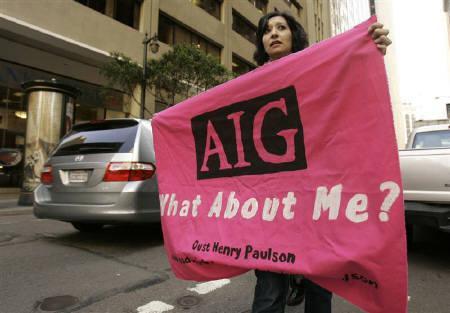 3月19日、米下院は税率90%となるAIG賞与への課税法案を可決。写真はサンフランシスコでAIG賞与支給問題に抗議する市民(2009年 ロイター/Robert Galbraith)