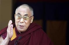 <p>Immagine d'archivio del Dalai Lama, il leader spirituale tibetano. REUTERS/Fayaz Kabli (INDIA RELIGION POLITICS SOCIETY)</p>