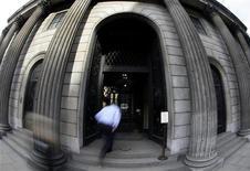 <p>Parigi e Ginevra più care della City per affittare un ufficio. REUTERS/Stefan Wermuth</p>