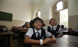 """<p>La piccola Rubina Alì che ha interpretato Latika da piccola nel film """"The Millionaire"""". REUTERS/Punit Paranjpe</p>"""
