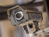 <p>Immagine d'archivio di una videocamera di sicurezza al Pentagono. REUTERS/Joshua Lott (UNITED STATES)</p>