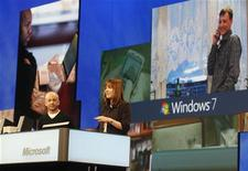 <p>Dirigenti Windows Live a una conferenza nel 2007. REUTERS/Fred Prouser (UNITED STATES)</p>