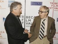 """<p>El actor Robert De Niro y el director Woody Allen en el estreno del filme """"Whatever Works"""" en la primera noche del Festival de Cine de Tribeca en Nueva York, 22 abr 2009. REUTERS/Lucas Jackson</p>"""