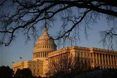 <p>The U.S. Capitol building is seen on Capitol Hill in Washington, February 24, 2009. REUTERS/Jim Young</p>