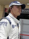 <p>Foto de arquivo do piloto da Williams de Fórmula 1 Nico Rosberg no Grande Prêmio em Manama. 25/04/2009. REUTERS/Caren Firouz</p>
