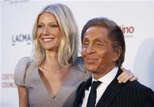"""<p>Actress Gwyneth Paltrow and Italian fashion designer Valentino Garavani pose at the West Coast premiere of the documentary """"Valentino: The Last Emperor"""" at the Los Angeles County Museum of Art (LACMA) in Los Angeles April 1, 2009. REUTERS/Mario Anzuoni</p>"""