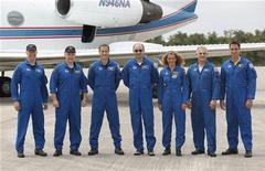 <p>L'equipaggio dello shuttle Endeavour. REUTERS/Scott Audette (UNITED STATES SCI TECH)</p>
