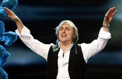 <p>DJ David Guetta, of France, performs during the World Music Awards in Monte Carlo November 4, 2007. REUTERS/Eric Gaillard</p>