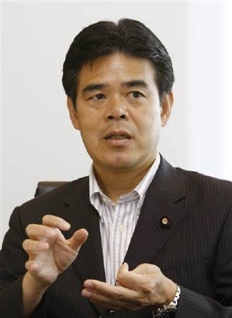 2日、民主党の大久保勉参院議員は公開会社法について、今後2―3年かけて制定したいとの考えを示した。写真は7月東京で撮影(2009年 ロイター/Kim Kyung-Hoon)