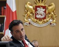 <p>O ator norte-americano Andy Garcia no papel do presidente da Geórgia, Mikheil Saakashvili, gravou cenas no gabinete do governo nesta segunda-feira, em Tbslisi. REUTERS/Pool/Irakli Gedenidze</p>