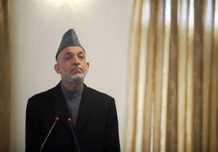 10月19日、8月に実施された大統領選の結果をめぐり混乱が続くアフガニスタンのカルザイ大統領は、非公式会合で決選投票の実施に前向きな考えを示した。11日撮影(2009年 ロイター/Ahmad Masood)