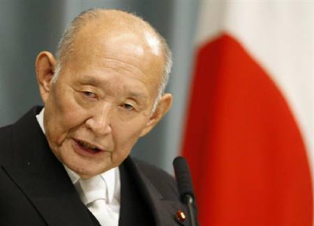 10月25日、藤井財務相は2010年度予算における新規国債の発行額について、44.1兆円以下にしなければ国債市場の信認は得られないとの認識を示した。9月撮影(2009年 ロイター/Issei Kato)