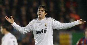 <p>Real Madrid se preocupa com forma física de Kaká, em foto de arquivo. REUTERS/Albert Gea</p>