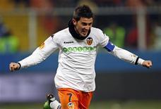 <p>David Villa, do Valencia, comemora seu gol contra o Genoa em jogo da Liga Europa, em Genova, na Itália, nesta quinta-feira. REUTERS/Giampiero Sposito</p>