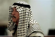 <p>علي حسن المجيد خلال جلسة محاكمة في بغداد يوم 24 يونيو حزيران 2007. صورة لرويترز من ممثل عن وكالات الانباء</p>