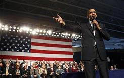 <p>President Barack Obama speaks during a town hall style gathering at Lorain County Community College in Elyria, Ohio January 22, 2010. REUTERS/Kevin Lamarque</p>
