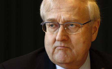 3月5日、ドイツのブリューデレ経済技術相は、ギリシャ支援に「1セントも」拠出するつもりはないとの姿勢を示した。2月撮影(2010年 ロイター/Fabrizio Bensch)