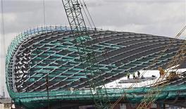 <p>Centro Aquático é construído para as Olimpíadas de 2010 em Londres. Os organizadores anunciaram que uma quota adicional de 300.000 ingressos será colocado à disposição dos torcedores para evitar estádios vazios como os vistos na Olimpíada de Pequim. 04/03/2010 REUTERS/Andrew Winning</p>