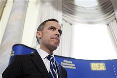 <p>Bank of Canada Governor Mark Carney pauses during a speech in Ottawa March 24, 2010. REUTERS/Blair Gable</p>