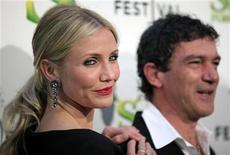 """<p>Cast members Cameron Diaz, (L), and Antonio Banderas pose for photographers as they arrive at the premiere of """"Shrek Forever After"""" in New York City April 21, 2010. REUTERS/Jessica Rinaldi</p>"""