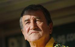 <p>Técnico da África do Sul, Carlos Alberto Parreira, deverá ser substituído após a Copa do Mundo. 22/04/2010 REUTERS/Johannes Eisele</p>
